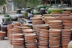 Глиняные горшки в Bagan, Мьянме стоковые изображения