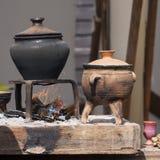Глиняные горшки на огне Стоковая Фотография RF
