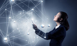 Глобальная концепция беспроводной связи Мультимедиа стоковые изображения rf
