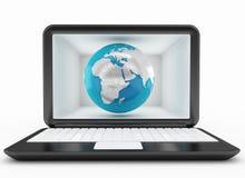 Глобальная связь и компьтер-книжка Стоковое Изображение