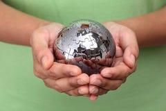 Глобус головоломки металла Стоковые Фото