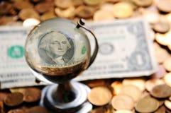 Глобус долларовой банкноты Стоковое Изображение RF