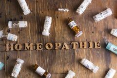 Глобулы и бутылки гомеопатии Стоковое Изображение RF