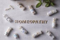 Глобулы и бутылки гомеопатии Стоковые Фото