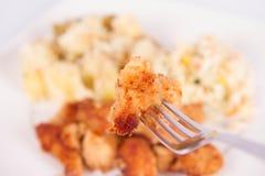 глубоко зажаренный цыпленок Стоковое Изображение RF