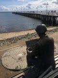 Гдыня Orlowo, Польша: люди на пристани на летний день стоковые фотографии rf