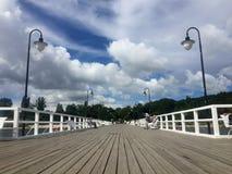 Гдыня Orlowo, Польша: люди на пристани на летний день стоковое фото