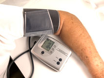 давление крови весьма высокое Стоковые Фото