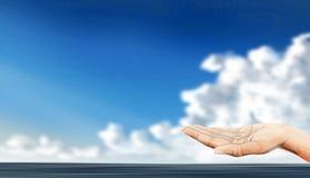 Дайте принципиальные схемы помощи руки Стоковые Изображения