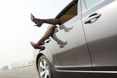 Дама в автомобиле Стоковая Фотография
