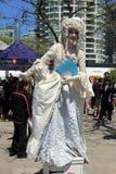 Дама в винтажном костюме стоковые изображения