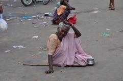 Дама попрошайки на Velankanni Стоковое Изображение RF