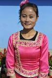 Дама этнического меньшинства Jingpo, Китай Стоковые Изображения