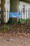 Дамы `, знак ` Gents на павильоне сверчка Стоковая Фотография RF