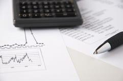 данные analyzing9 финансовохозяйственные Стоковые Фотографии RF