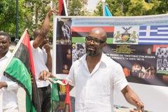 ДАТА: 30 могут 2015 ПОЛОЖЕНИЕ: Sintagma в Афинах Греции СОБЫТИЕ: 30-ое может вновь собраться день в памяти павших героев Biafrans Стоковая Фотография RF