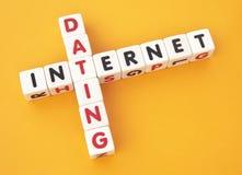 Датировка интернета стоковое изображение