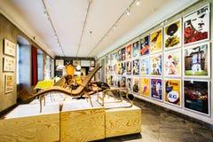 Датский музей изобразительных искусств & дизайн с работами известных дизайнеров стоковое фото rf