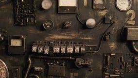 Датчики и индикаторы приборов на пульте управления акции видеоматериалы
