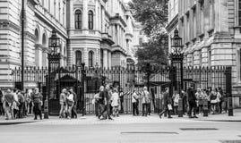 Даунинг-стрит Лондон - офис премьер-министра - ЛОНДОН - ВЕЛИКОБРИТАНИЯ - 19-ое сентября 2016 Стоковая Фотография