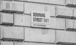Даунинг-стрит Лондон - офис премьер-министра - ЛОНДОН - ВЕЛИКОБРИТАНИЯ - 19-ое сентября 2016 Стоковая Фотография RF