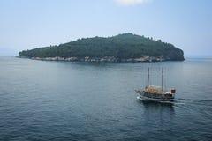 Далматинский остров lokrum побережья dubrovnik Хорватия Стоковая Фотография RF