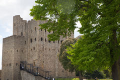 Двенадцатый век замка Rochester Замок и руины городищ Кент, юговосточная Англия Стоковая Фотография RF