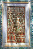 Двери с nacreous inlayin в гареме дворца Topkapi, Istanbu стоковое изображение rf