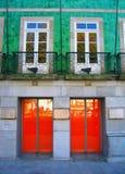 двери 2x2 против окон Стоковые Изображения RF