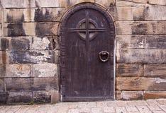 двери metal старая стоковое изображение rf