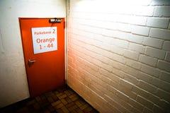 Дверь в палубе автостоянки Стоковая Фотография