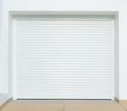 Дверь гаража Brown металлическая Стоковые Изображения RF