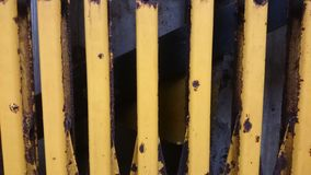 Дверь губной гармоники ржавая Стоковая Фотография RF