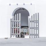 Дверь деревни острова Стоковые Изображения