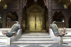 Дверь искусства золотая Стоковая Фотография RF