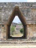 Дверь и окно в Мексике стоковое изображение rf