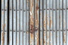 Дверь металла в Азии Стоковая Фотография