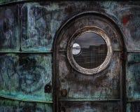 Дверь металла диспетчерской вышки стоковые изображения