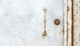 Дверь металла с замком Стоковое Изображение RF
