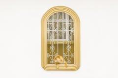 Дверь наблюдая через дом Windows Стоковое фото RF