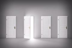 Дверь открытая к свету, новому миру, шансу или возможности Стоковые Изображения RF