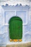 Дверь от Chefchaouen, Марокко Стоковая Фотография