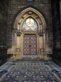 Дверь собора Стоковая Фотография