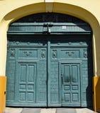 Дверь старого здания стоковые фотографии rf