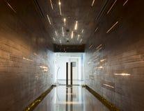 Дверь с светлым украшением Стоковая Фотография
