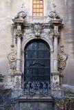 Дверь украшенная в стиле Barocco итальянки Стоковые Фото