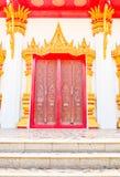Дверь церков Будды на тайском виске Стоковое Изображение RF