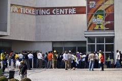 дверь fifa центра вне queue билет Стоковое фото RF