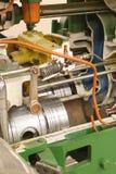 двигатель в разрезе стоковое фото