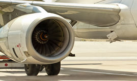 двигатель крупного плана самолета Стоковая Фотография RF